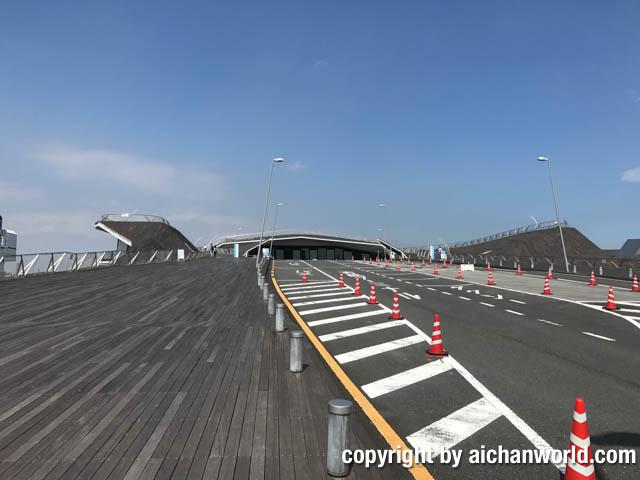 横浜散歩(3):中華街から大さん橋へ