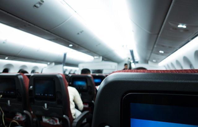 国際民間航空機関(ICAO)推奨の旅客機における「緊急時の衝撃防止姿勢」