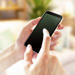 iPhone 12 miniが出る今だからこそiPhone SE (2020) の存在が光る!